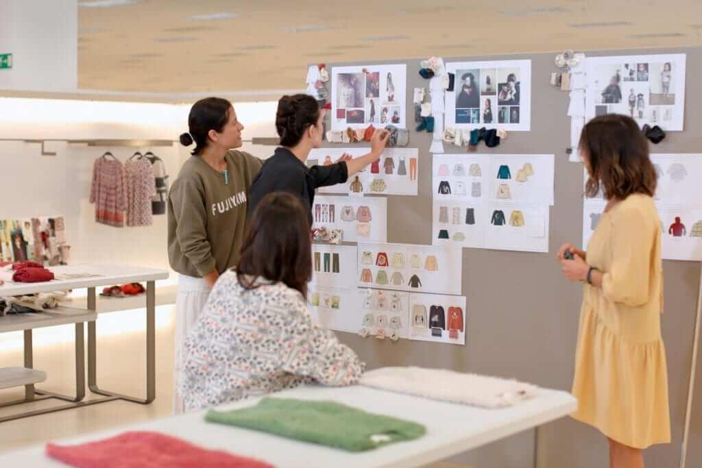 Designers - Modelo de Negócio da Zara